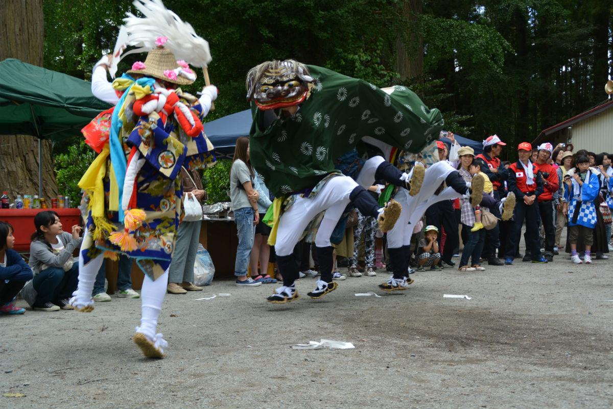 入谷打囃子 獅子舞